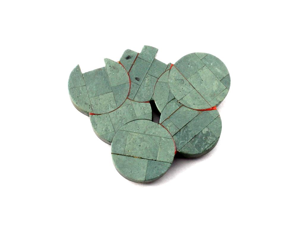 Craig McIntosh, Pakohe Brooch 004, 2015, Carved Pakohe (Argillite), 1.85 x .25 x 2.15″